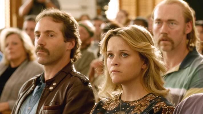 Alessandro Nivola ao lado de Reese Witherspoon