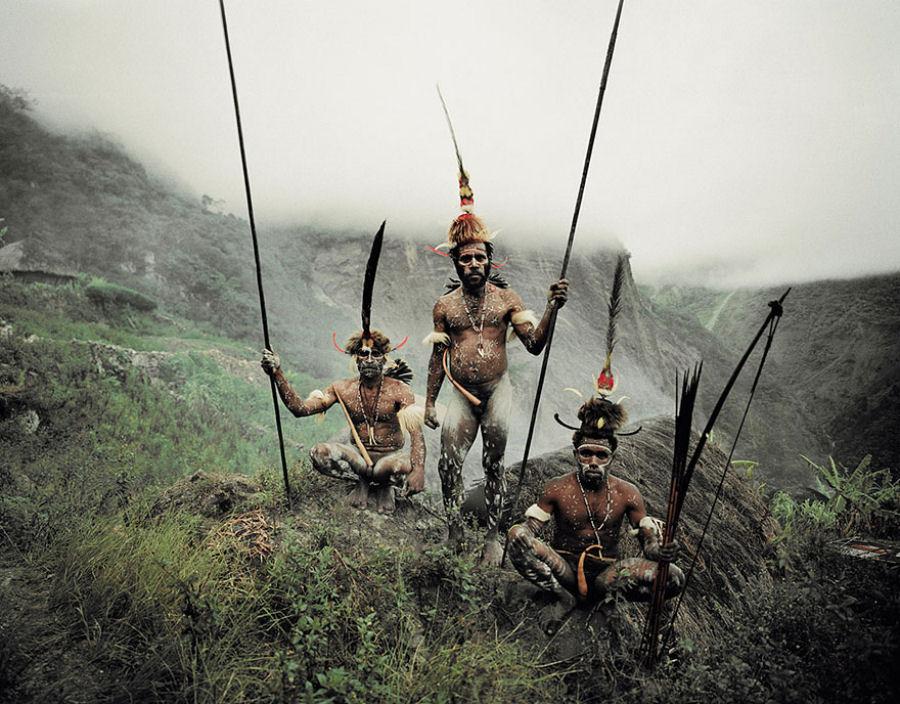 A vida de tribos que estão desaparecendo pelo mundo 42