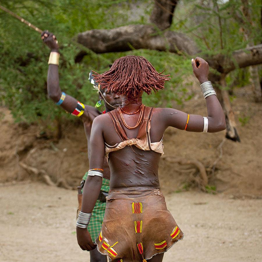 https://i2.wp.com/imagens.mdig.com.br/mundo/povos_africa_13.jpg