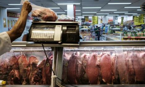 O Transmeat, Souza Ramos e Peccin são alvos da Operação Carne Fraca, que foi deflagrada na semana passada e investiga um esquema de corrupção na fiscalização sanitária do Ministério da Agricultura. / Foto: Yasuyoshi Chiba / AFP