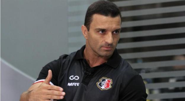 Resultado de imagem para Histórico do técnico Júnior Rocha
