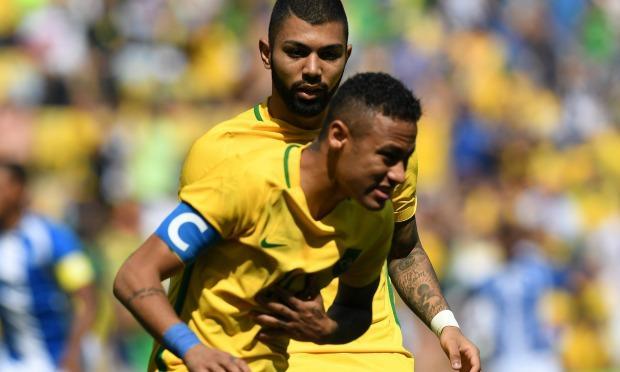 Neymar marcou dois gols na partida / Foto: AFP