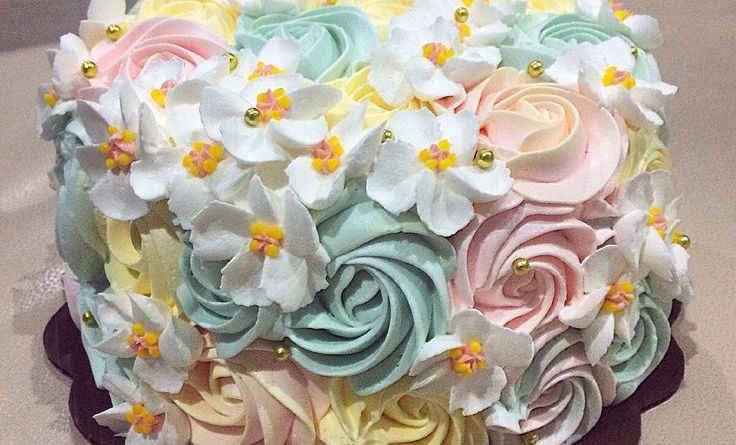 #bandung #bandungcake #bandungjuara #buttercream #buttercreamflower #jualkueulan ...