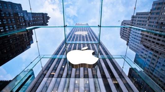 Apple reabre sus 271 tiendas en Estados Unidos
