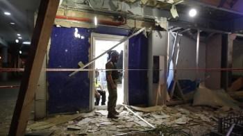 Un hombre relata cómo se refugia en un búnker ante los ataques en Israel