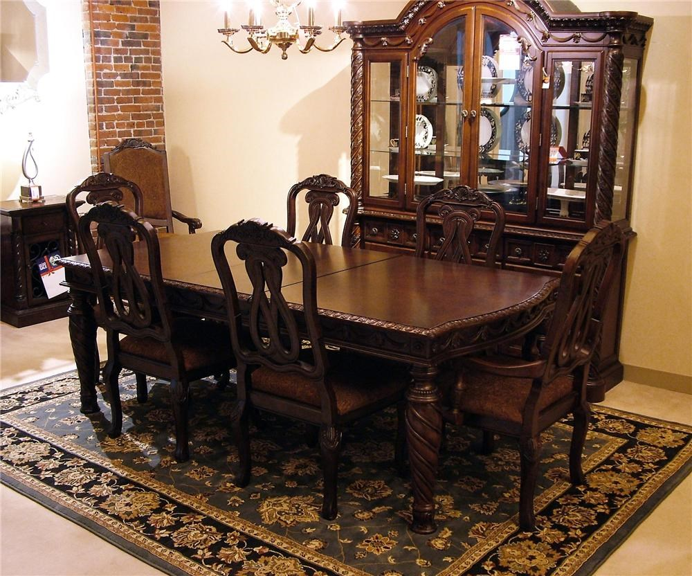 Old World Dining Room Sets Old World Dining Room Set Old World 7pc Dining Table Amp Chair