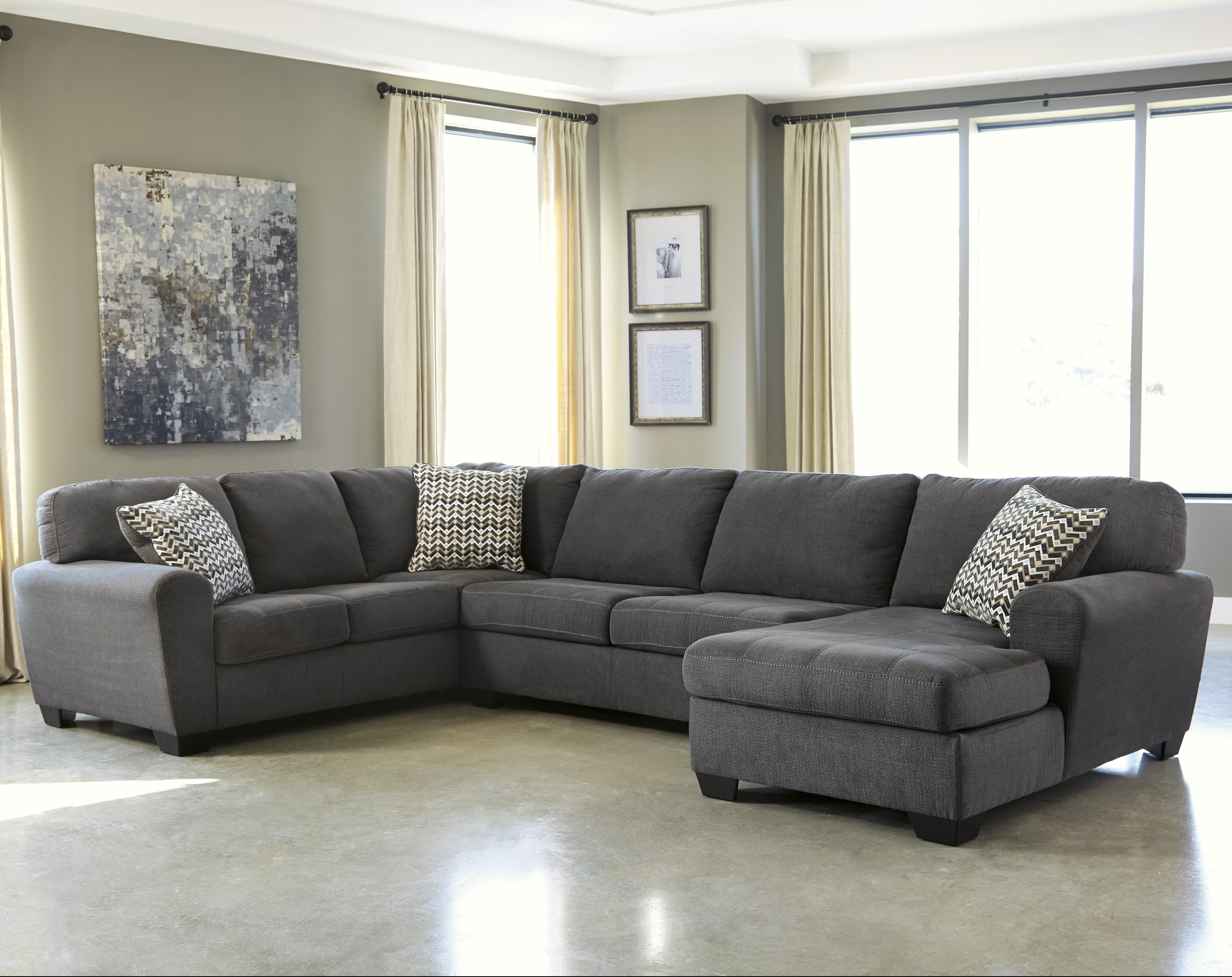 sorenton 3 piece sectional with chaise