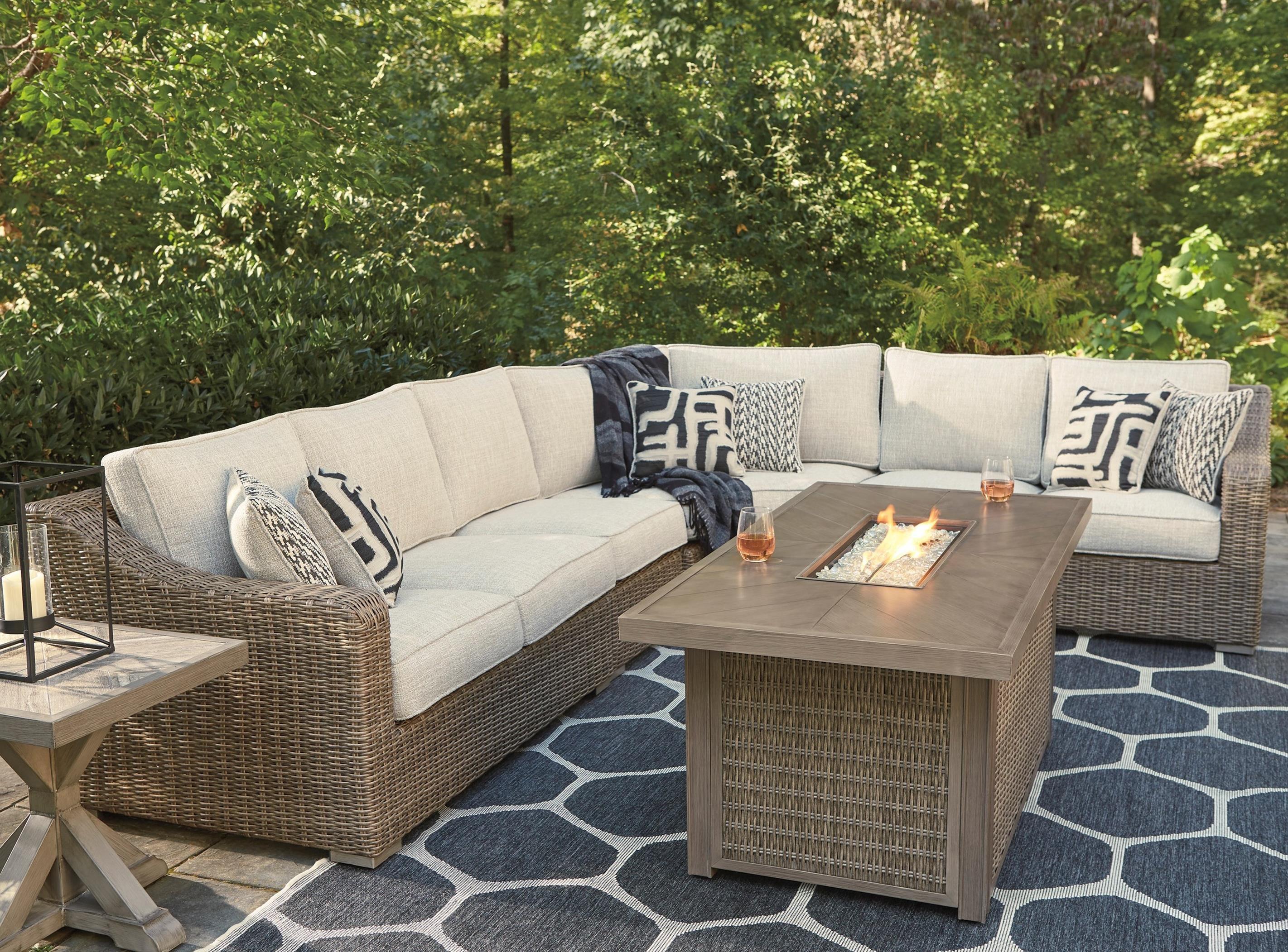 beachcroft outdoor conversation set