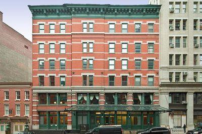 Taylor Swift Drops 60m On Three Apartments Same Nyc Block