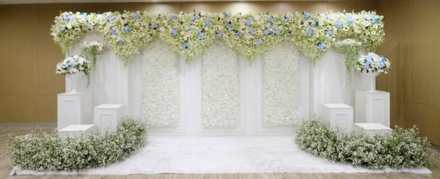 Backdrops is also wedding photography props ideas