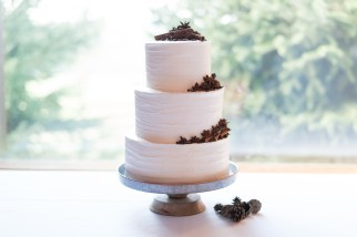 A wedding cake created by the Southern Inn in Lexington, Virginia for a wedding at Hermitage Hill Farm in Waynesboro, Virginia.