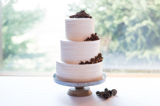 A wedding cake created by the Southern Inn in Lexington, Virginia for a wedding at Hermitage Hill Farm in Waynesboro, Virginia.