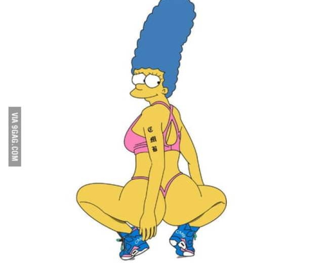 Marge Simpson Looking Sexy Gag
