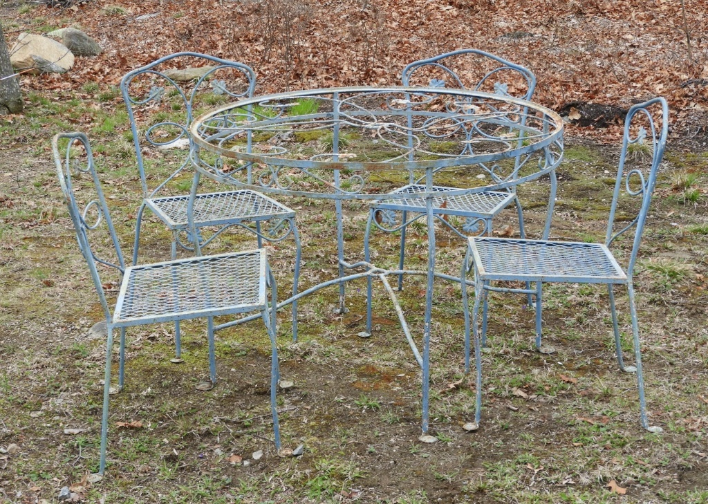 vintage wrought iron blue penny foot patio set