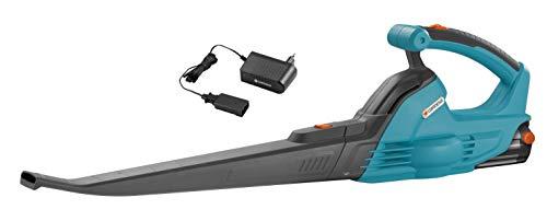 Set soplador universal AkkuJet 18-Li de GARDENA: soplador de hojas con batería, 18 V, velocidad de soplado 190 km/h, tiempo de trabajo hasta 30 min, incl. batería de ion de litio y cargador (9335-20)