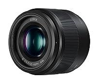 Lumix G 25 mm / 1.7 ASPH. Objectif à distance focale unique 25 mm / 50 mm (équivalnet 35 mm) pour appareil photo micro 4/3. Caractéristiques: - 50 mm/F1.7 pour la base d'une œuvre d'art L'objectif ultrarapide F1.7 offre un magnifique effet de flou (e...
