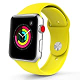 TiMOVO Cinturino per Apple Watch 42mm, Morbido Braccialetto di Ricambio in Silicone per Apple Watch 42 mm di Series 3/2/1, (NON adatto a Apple Watch 38mm), Giallo