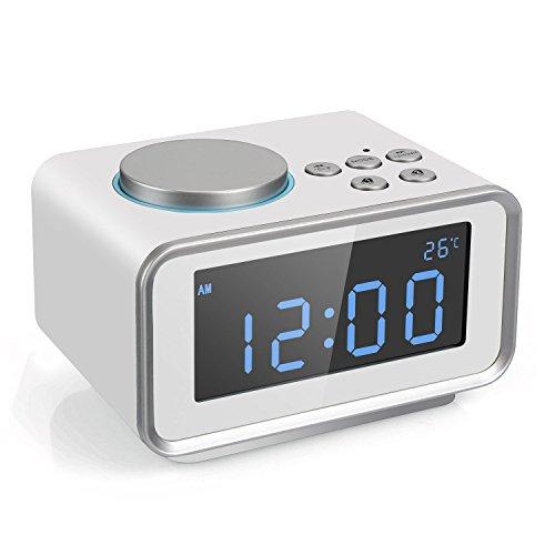 FM Digital Radio Wecker Radiowecker Uhrenradio mit LCD-Display Dual-Alarm Schlummerfunktion Temperatur und Dimmbare Helligkeit 2 USB-Ladeanschluss(2.1A+1.1A) (Weiß)