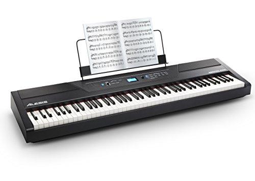 Piano digital Alesis Recital Pro: 88 teclas de acción martillo, 12 voces, altavoces 20 W, salida de auriculares y aplicaciones de aprendizaje