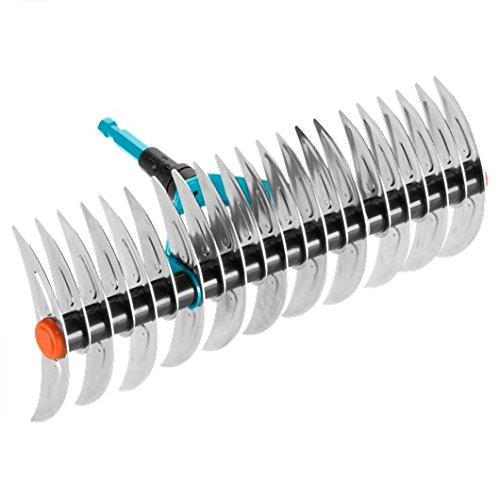 Rastrillo escarificador combisystem de GARDENA: rastrillo para quitar musgo y césped enmarañado, ancho de trabajo 35 cm, acero de calidad, apto para rastrillar residuos y piedras (3392-20)