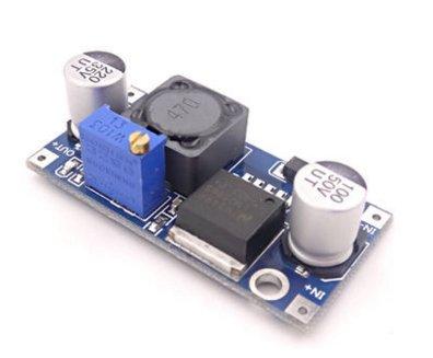 Descrizioni:1. LM2596 modulo chip usa di alta qualità, ad alta efficienza (fino al 92%), riscaldare un piccolo, può facilmente portare 3A (breve) sopra la corrente, lunghi orari di lavoro è raccomandato per l'uso in meno di corrente 2.5A, men...