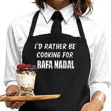 I 'd Rather BE cocina para Rafa Nadal delantal, por de bertie kitchentm. Día De San Valentín Regalo para Fans, diseño y servicio de mensaje disponibles.