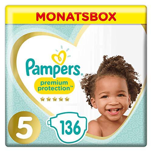 Pampers Premium Protection Size 5, 136 Pannolini, Pampers 'Softest Comfort, consigliati da British Skin Foundation, 11-16 kg