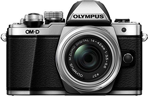 Olympus E-M10 Mark II Kit con Obiettivo M.Zuiko Digital 14‑42 mm 1:3.5‑5.6 II R, Argento