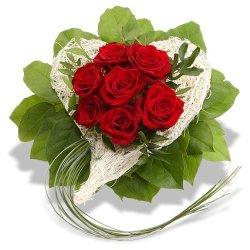 floristikvergleich.de Blumenstrauß Rosenherz