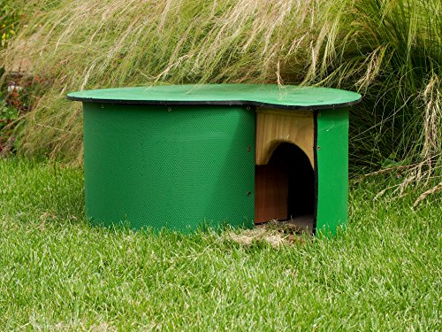 The Wildlife World Hogilow Hedgehog Home is a stylish house that owes much of its design to the Hedgehog Society and Help a Hedgehog Hospital. Once featured on BBC's Autumnwatch, this futuristic house is perfect for forward thinking hogs.