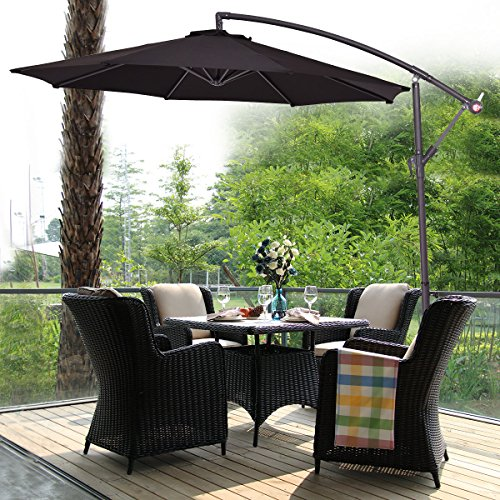 The COSTWAY 2.7M Outdoor Parasol is the kind of parasol that could place on the beach, terrace, or even a bar street. It comes in a myriad of colours allowing it to fit in any setting. Made from powder-coated steel, the frame is able to support the canopy as needed. There are 8 steel ribs that support the canopy which in turn, permits the unit to be stable even when tilted in different angles.