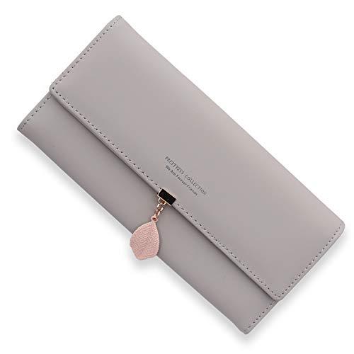 スマホも入る財布を60代女性にプレゼント
