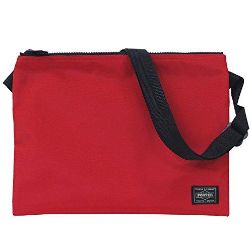 ポーターの赤いバッグは大人女子に人気