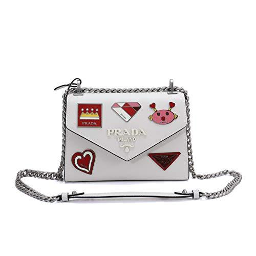 PRADAのバッグは40代女性に人気のブランド