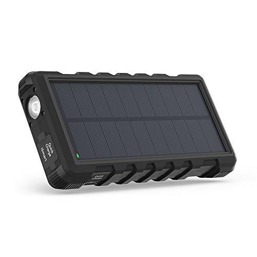 RAVPower ソーラーモバイルバッテリー 25000mAh QC3.0充電対応 MicroUSB+Type-C入力 3ポート付き ソーラーパネル 太陽光充電 ソーラーパワーバンク 【18ヶ月間安心保証】 外付けバッテリーパック 耐衝撃・IP66防水規格 アウトドアポータブル充電器 (黒) 【厳選】超大容量モバイルバッテリーが地震・台風・災害時の電気がない時に役立つ!復旧するまでに絶対持っておきたいオススメのモバイルバッテリー10選特集。【ソーラー充電・ケーブル内蔵型】