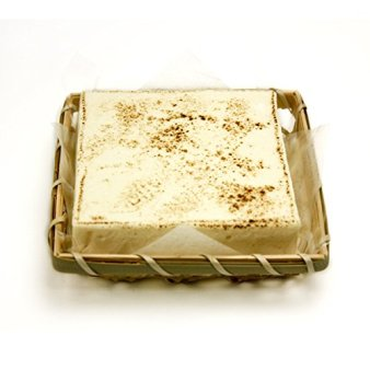 TOFU-CHAUDE 豆腐と北海道産クリームチーズを使ったレアチーズケーキ(生姜クランチとキャラメルシロップ付)