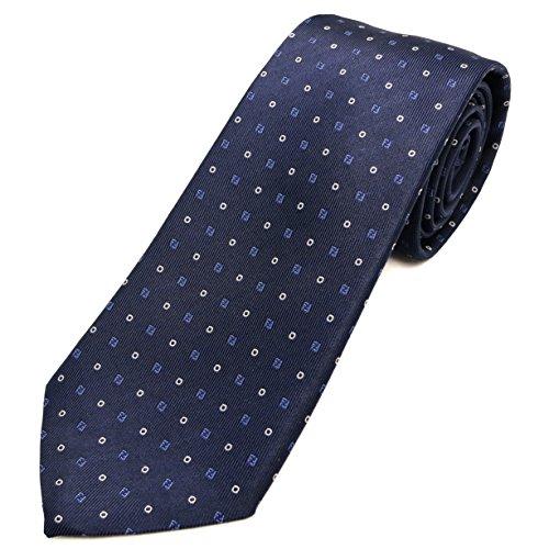FENDIのネクタイは男性が好きなブランド