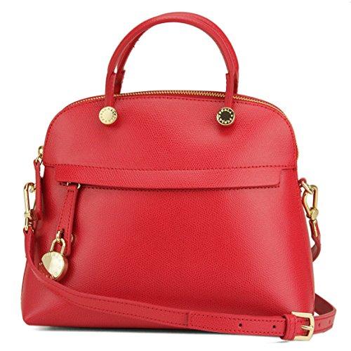 フルラ(FURLA) の赤いバッグは大人女子に人気