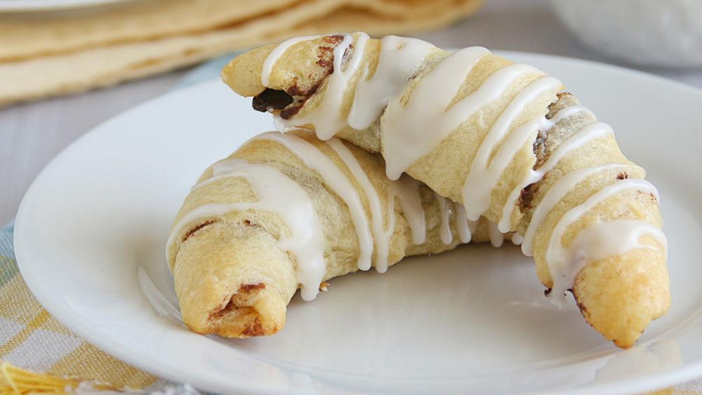 Cinnamon Raisin Crescents Recipe From