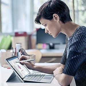 Natürliches skizzieren, schreiben und löschen - Microsoft Surface Pro 4 M3