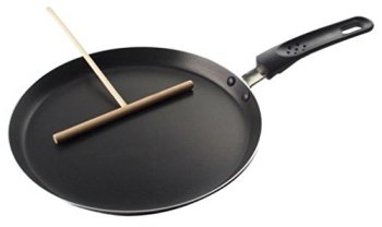 Fackelmann-42457-98-Bakelite-Crepe-Pan-With-Wooden-Spreader-Medium-BrownBlack