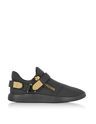 SNEAKERS GIUSEPPE ZANOTTI DESIGN, LEATHER 100%, color BLACK, Rubber sole, FW17, product code RU70038002 If you buy 9 US size shoes, you may receive shoes with 8 UK or 42 EU size printed on the box and on the shoes. SIZE CHART MAN: (US6 EU39 UK5) (US6.5 EU39.5 UK5.5) (US7 EU40 UK6) (US7.5 EU40.5 UK6.5) (US8 EU41 UK7) (US8.5 EU41.5 UK7.5) (US9 EU42 UK8) (US9.5 EU41.5 UK8.5) (US10 EU43 UK9) (US10.5 EU43.5 UK9.5) (US11 EU44 UK10) (US11.5 EU44.5 UK10.5) (US12 EU45 UK11) (US12.5 EU45.5 UK11.5) (US13 EU46 UK12) (US13.5 EU46.5 UK12.5) (US14 EU47 UK13) (US14.5 EU47.5 UK13.5) (US15 EU48 UK14) FW17