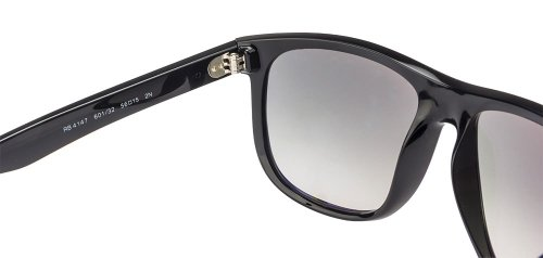 31HB0aL05VL Flat-top boyfriend-inspired sunglasses with non-polarized lenses and logoed temples Glasses might not sit completely flat. Slight adjustments to the shape and curvature of the sunglasses arms may be needed to get a custom fit. Adjustments should be made by a professional.