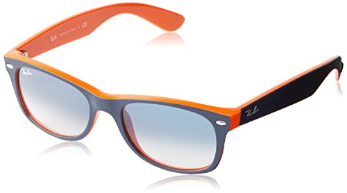 31Tr5qGsJ5L Classic Wayfarer sunglasses with plastic frames featuring etched logoing at left lens and arms Non-Polarized Non-Polarized