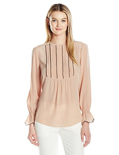 410DiJLXz%2BL Crepe de chine silk shirt with pintuck bib and hidden button placket Contrast scallop edge at bib and cuffs Front and back gathers maintain fitted shape