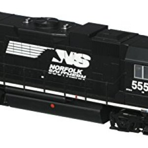 Bachmann Industries EMD GP38 2 DCC Norfolk Southern #5555 Sound Value Equipped Locomotive (HO Scale) 410JnbfpPrL