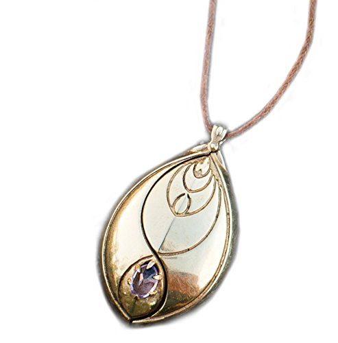 EMF Protection Pendant by Chi-O-Phi® - Harmonize your being and protect yourself from unsettling EMF with this revolution of Active Jewelry (Gold)