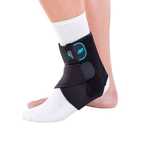 DonJoy Advantage DA161AB01-BLK-S, M Stabilizing Ankle Brace, Lightweight Low Profile, Dual Compression Straps for Strains, Sprains, Arthritis, Adjustable to fit Small to Medium, 7.5' to 9.5'