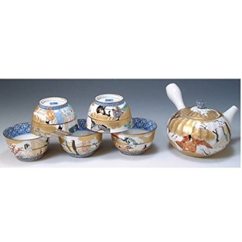 Kiyomizu-kyo yaki ware. Set of Japanese yunomi teacup and kyusu teapot genjimonogatari with wooden box. Porcelain. kymz-JIG036