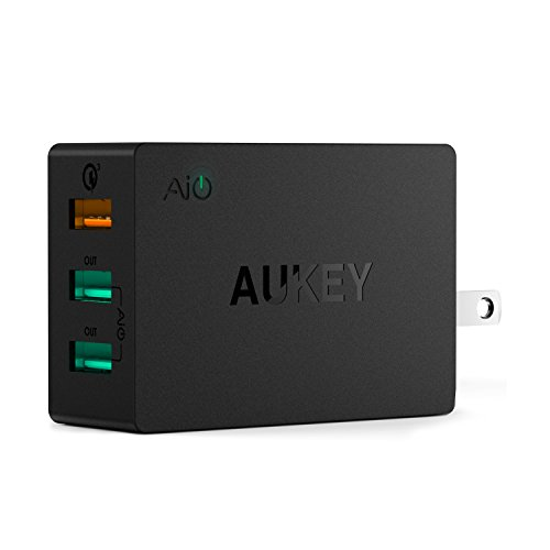 Quick Charge 3.0 AUKEY 43.5W USB Wall Charger with 3 USB Ports & Foldable Plug for Samsung Galaxy Note8, LG G6 / V30, iPhone X / 8 / Plus and More